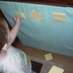 Чем занять ребенка дома: Аппликация из листочков Post-it