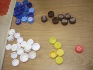 Игры с крышками сортировка по цветам