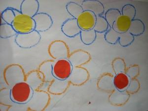 Первые аппликации: Цветочная полянка
