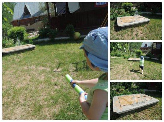 Чем занять ребенка на даче: игры с водой
