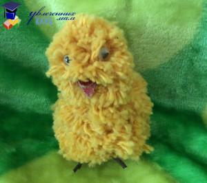 Цыпленок из помпонов
